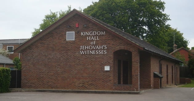 Jehovahs-Witness-kingdon-hall