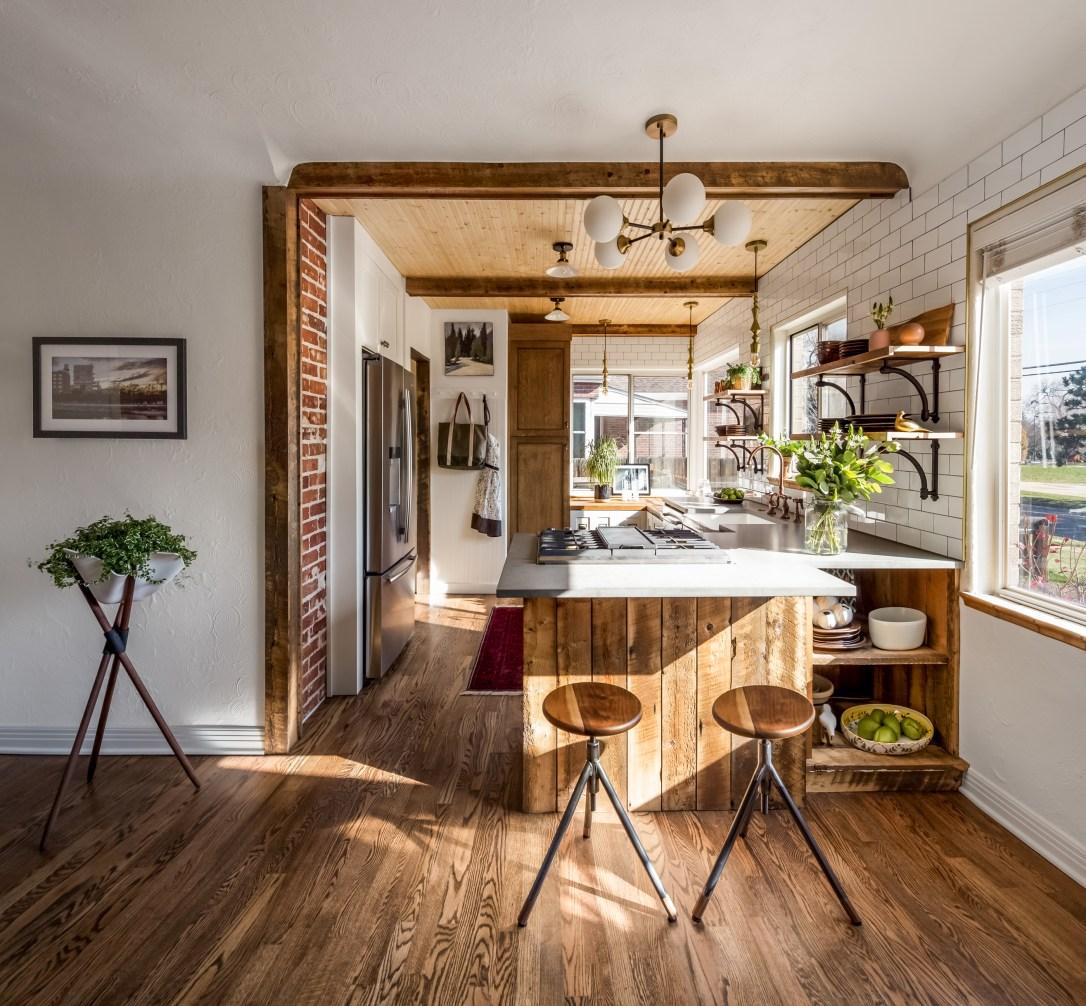 Rustic Farmhouse Kitchen Design: Products, Furniture and ... on Rustic Farmhouse Kitchen  id=72159