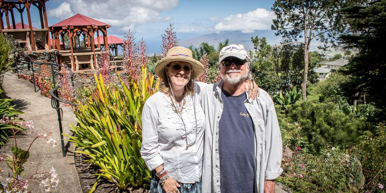 Breakfast @ the Kula Lodge and a walk with Oprah