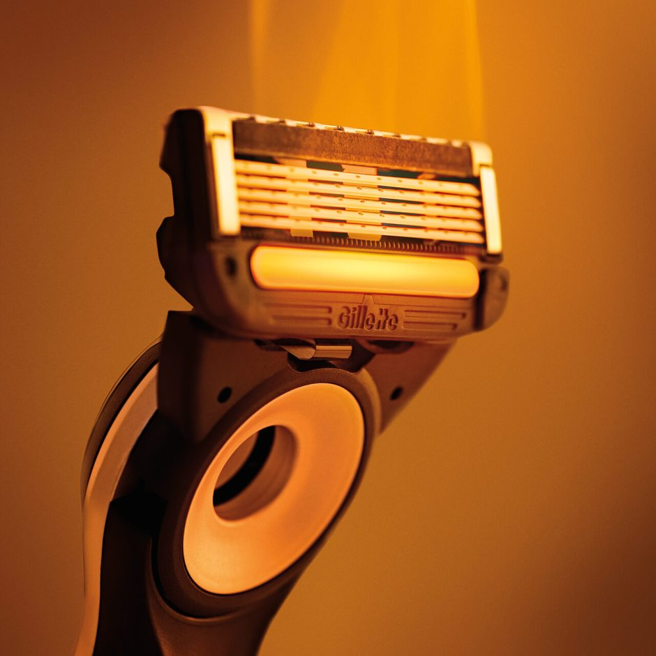 Heated Razor Warming Bar