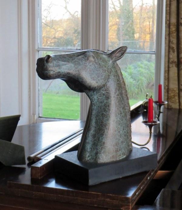 han the water horse, bronze han, han horse head, bronze horse head, bronze sculpture, gilly thomas sculpture
