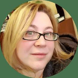 Седова Татьяна Юрьевна. Ветеринарный врач-интерн, специализирующийся на лечении птиц и экзотических животных.