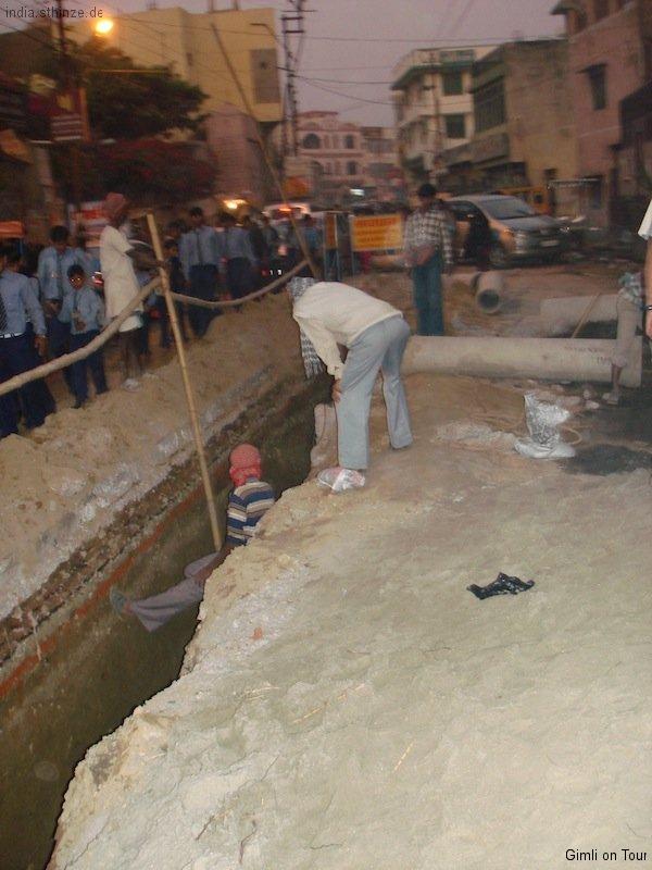 Straßenbauarbeiten auf indisch