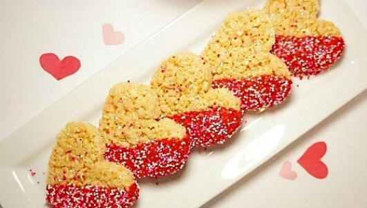 Valentine's Day desserts - heart shaped Rice Krispies treats