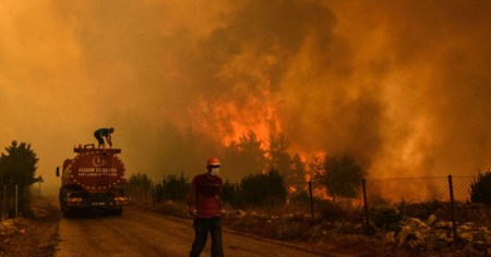 Fire fighters during a wildfire in Turkey in 2021