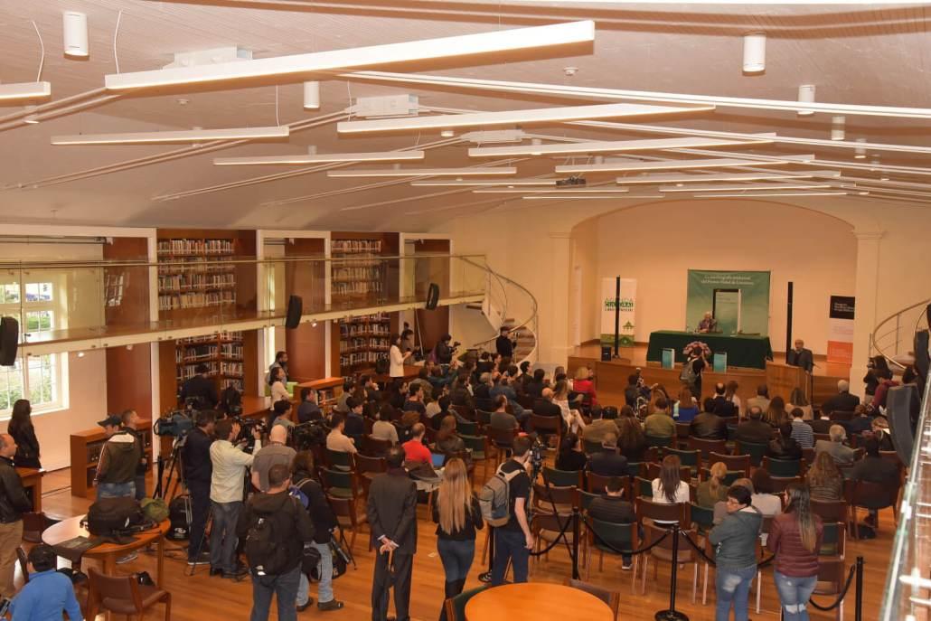 Mario Vargas Llosa Inaugura la Biblioteca