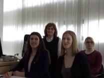 Mentorica Jasna Kraljić-Cmrk, prof., sa svojim učenicama Anom Kamber i Adrianom Horvat