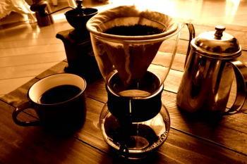 コーヒーかすは消臭剤に最適?! どのくらいの期間消臭効果があるの?