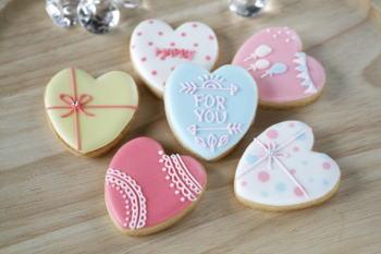 結婚式の席札は手作りお菓子でおもてなし!席札の簡単な作り方とは?