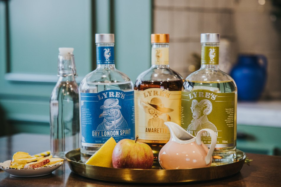 Dry London Spirit, Amaretto and Dry Vermouth from the Lyre's non-alcoholic range