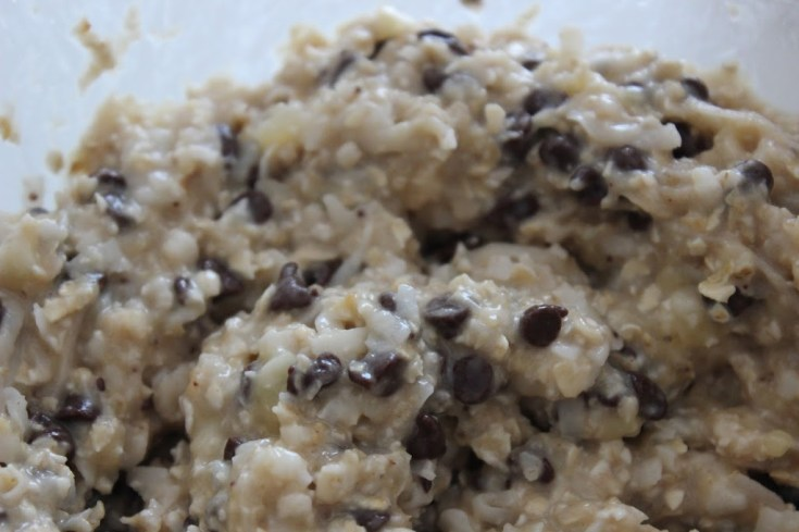 Banana & Oats cookies recipe with chocolate chips and coconut