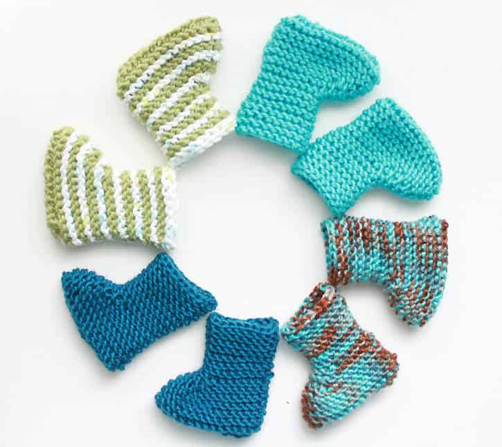 Easy Knit Newborn Baby Booties - Gina Michele