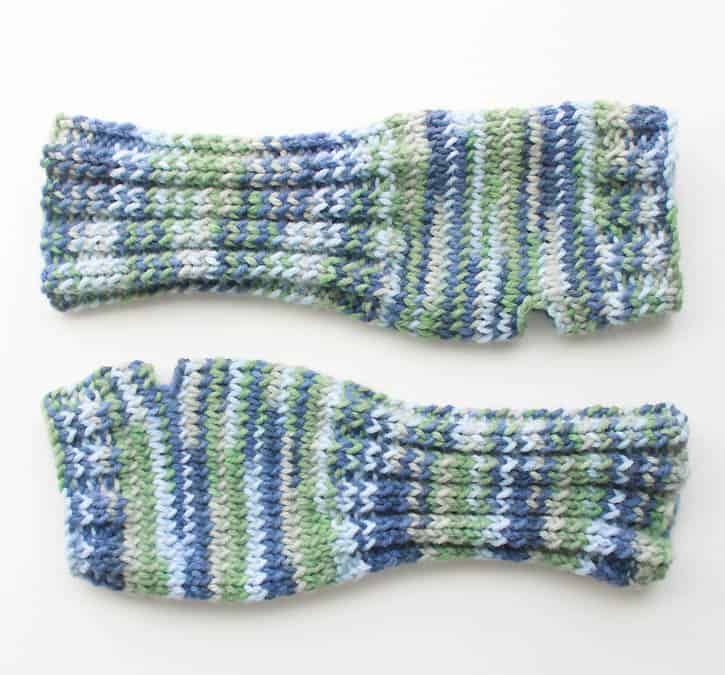 Fingerless Gloves [knitting Pattern]