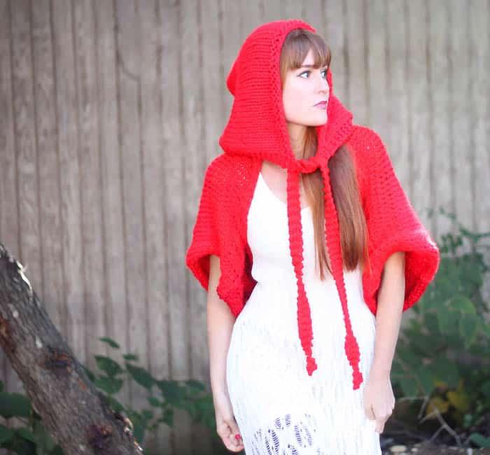Little Red Riding Hood Halloween knitting pattern