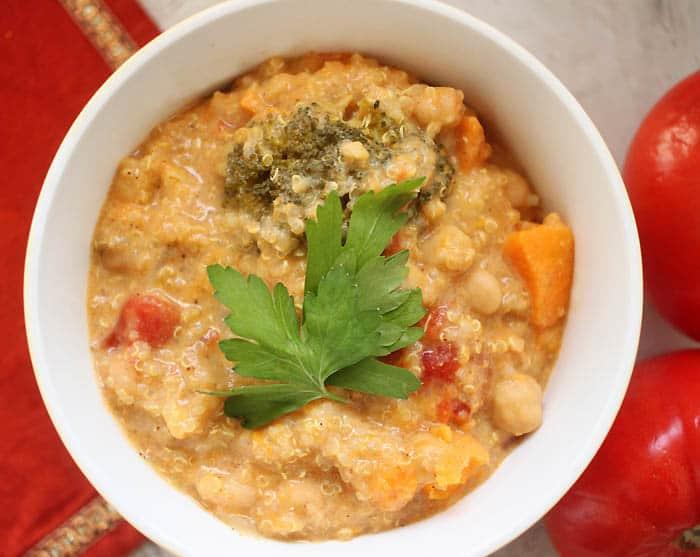 Slow Cooker Vegan Coconut Quinoa Curry Recipe