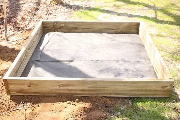 Sandbox with Roof DIY