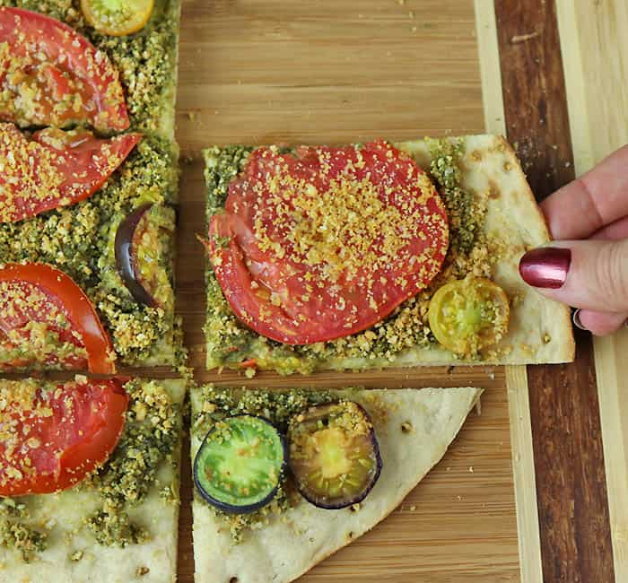 Vegan Pesto Pizza Recipe