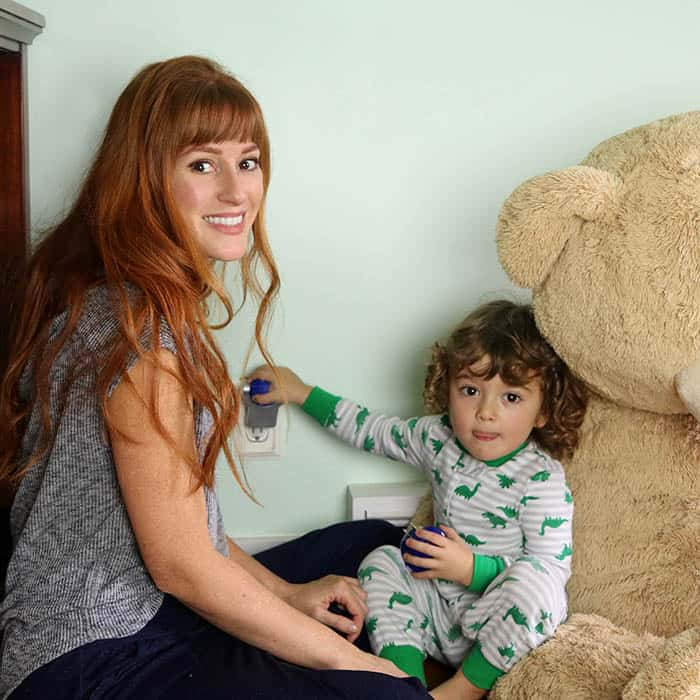 5 Ways to Get Your Toddler to Stop Fighting Bedtime