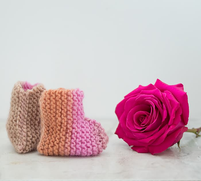 Flat Knit Baby Booties