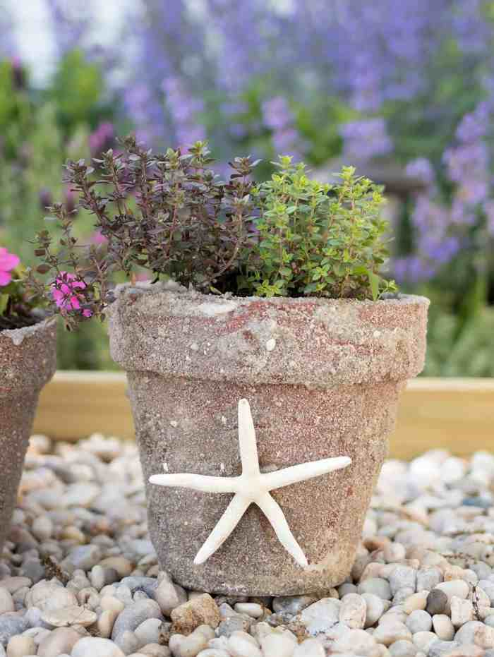 Sand Covered Pots DIY