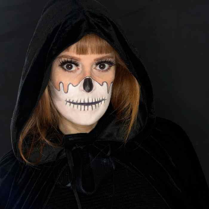 Easy Dripping Skull Makeup