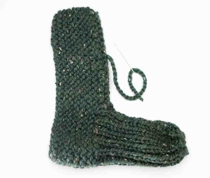 Flat Knit Slippers Knitting Pattern