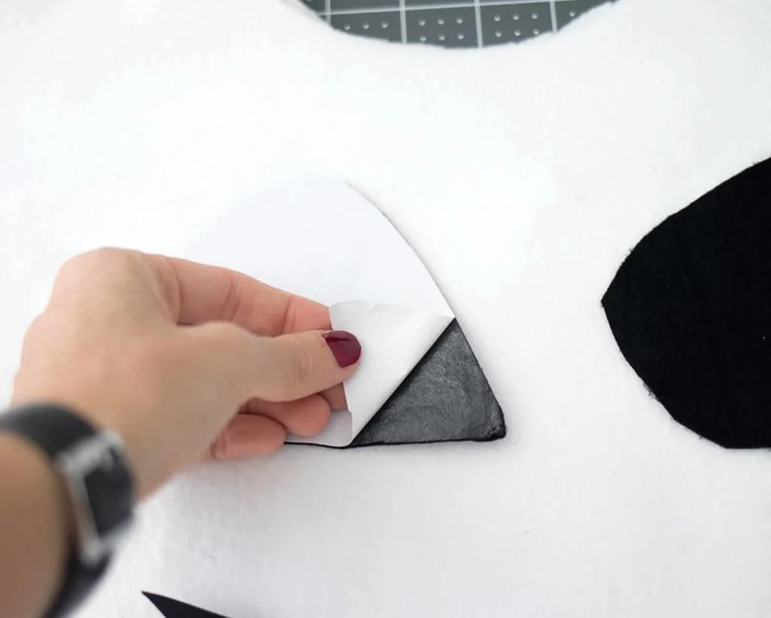 No-Sew Ghost Costume