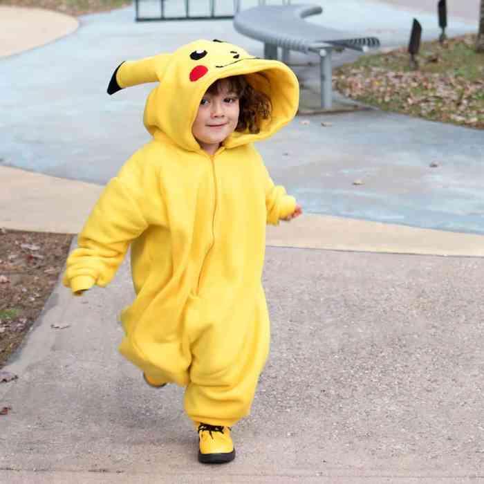 Kid's Pikachu Costume DIY