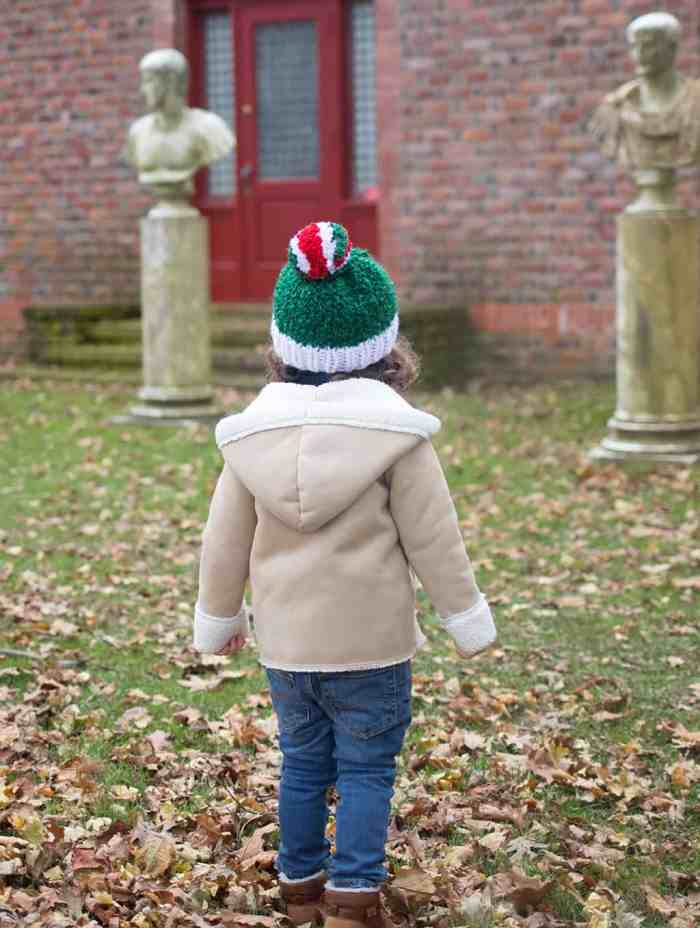 Kid's Holiday Hat Knitting Pattern