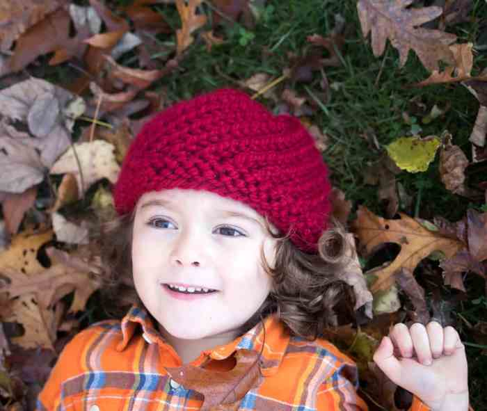 Kids Swirl Hat Knitting Pattern by blogger Gina Michele