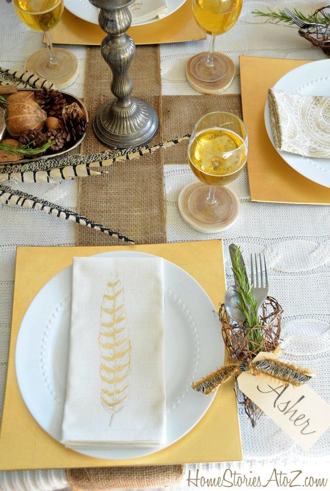 Farmhouse Thanksgiving Table Setting
