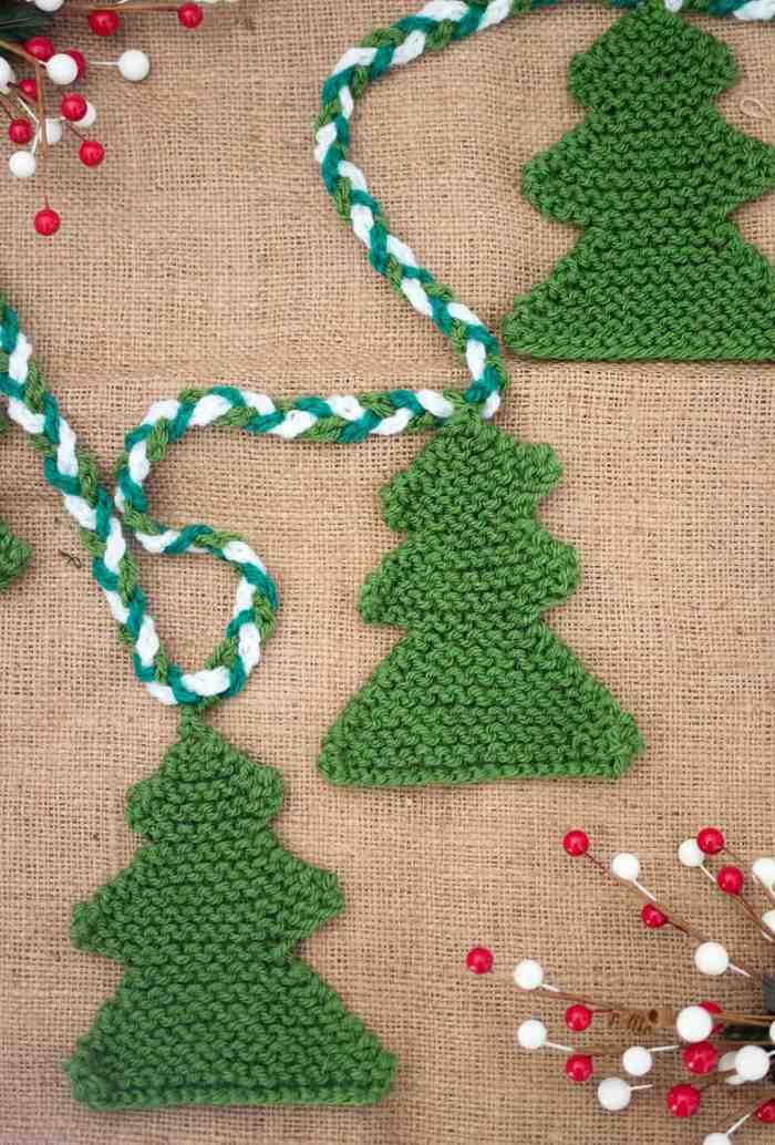 Christmas Tree Knitting Pattern by Gina Michele