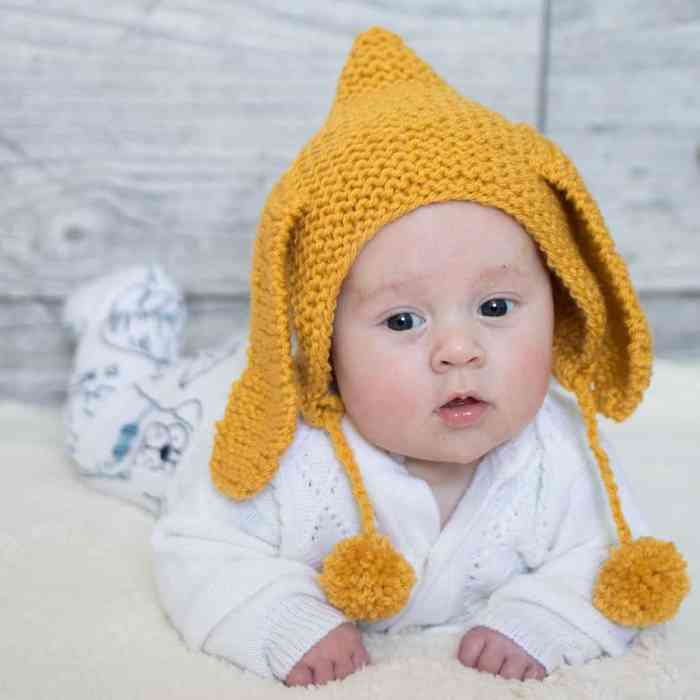 Easy Bunny Bonnet Knitting Pattern