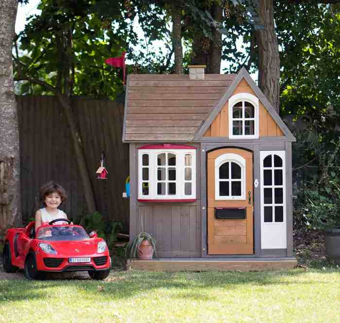How to Build an Easy Platform for a Playhouse