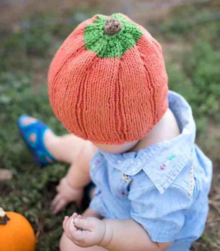 Baby Pumpkin Hat Knitting Pattern- Easy & Adorable!