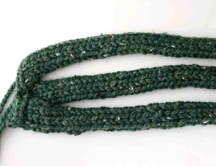Beginner Braided Headband Knitting Pattern