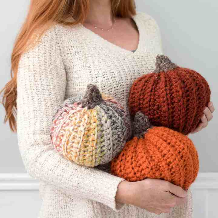 How to crochet large pumpkins