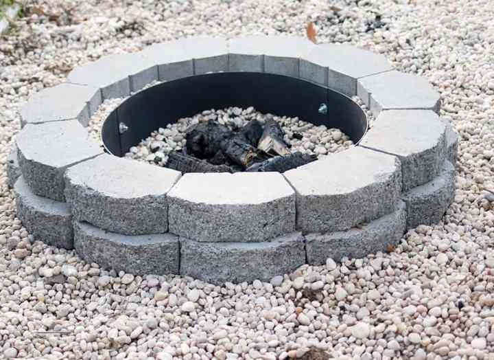 How to Build a Fire Pit with Landscape Blocks