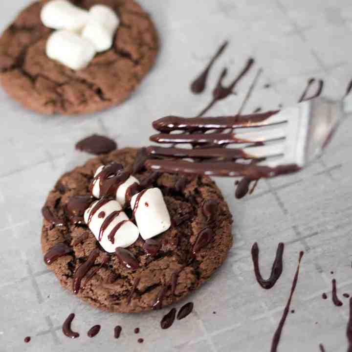 Amazing Vegan Hot Chocolate Cookies