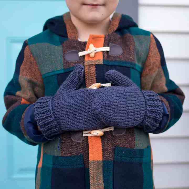 Easy Kid Mittens Knitting Pattern