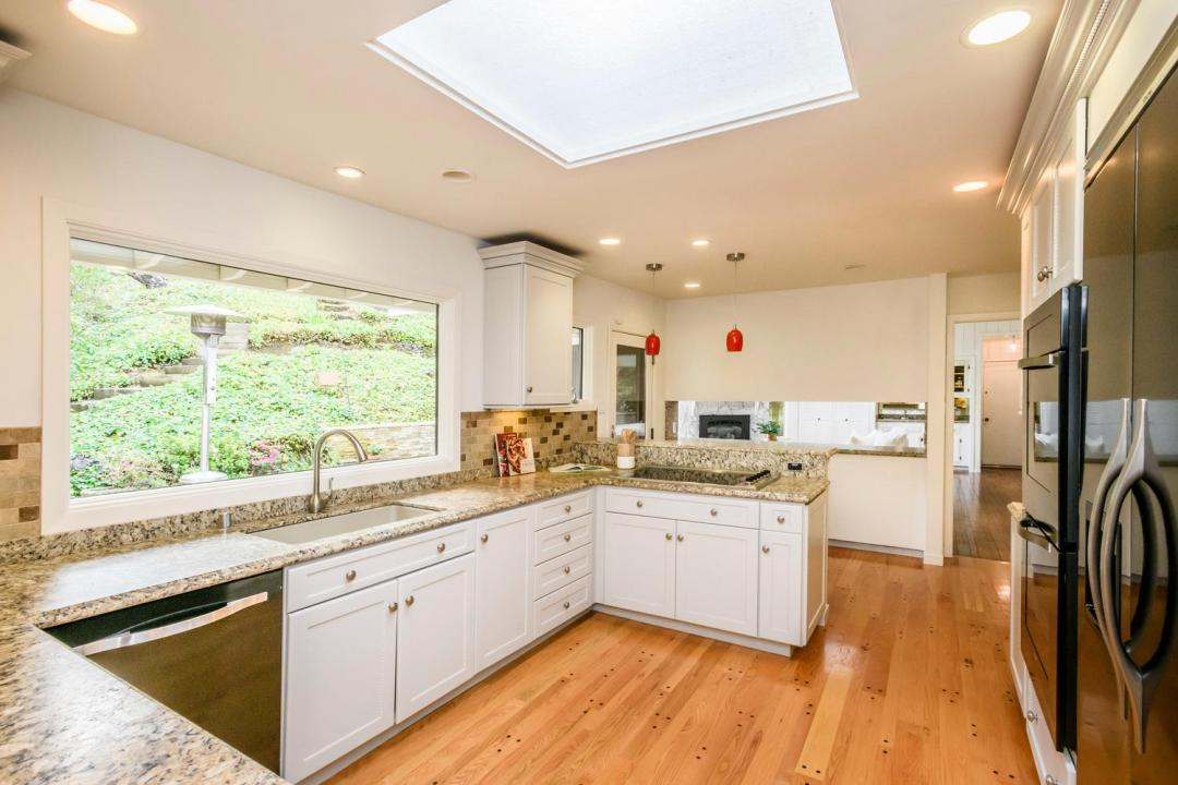 3029 Canyon Rd Burlingame CA-large-010-12-Kitchen-1500x1000-72dpi