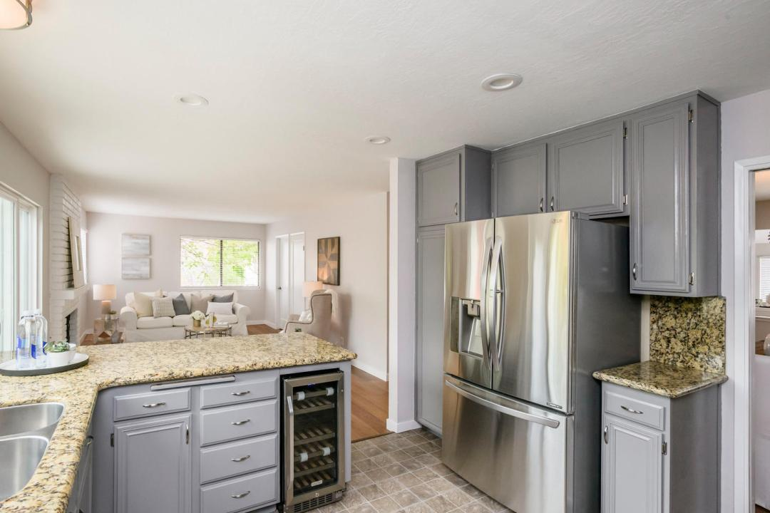 327 Green Hills Dr Millbrae CA-large-013-15-Kitchen-1500x1000-72dpi