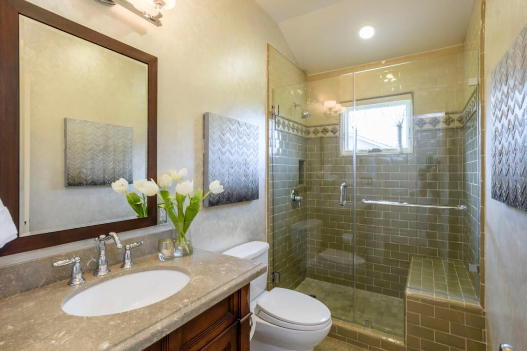 108 La Loma Ln Burlingame CA-large-039-43-Bathroom-1500x1000-72dpi