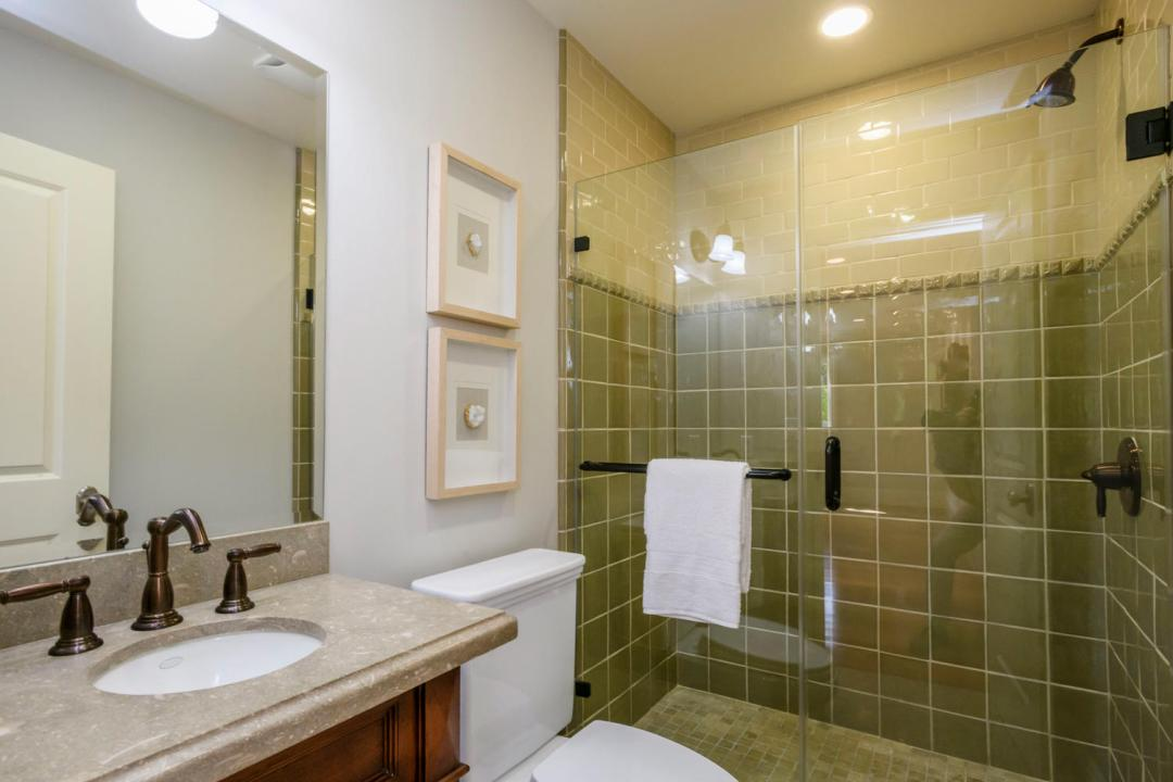 108 La Loma Ln Burlingame CA-large-044-44-Bathroom-1500x1000-72dpi