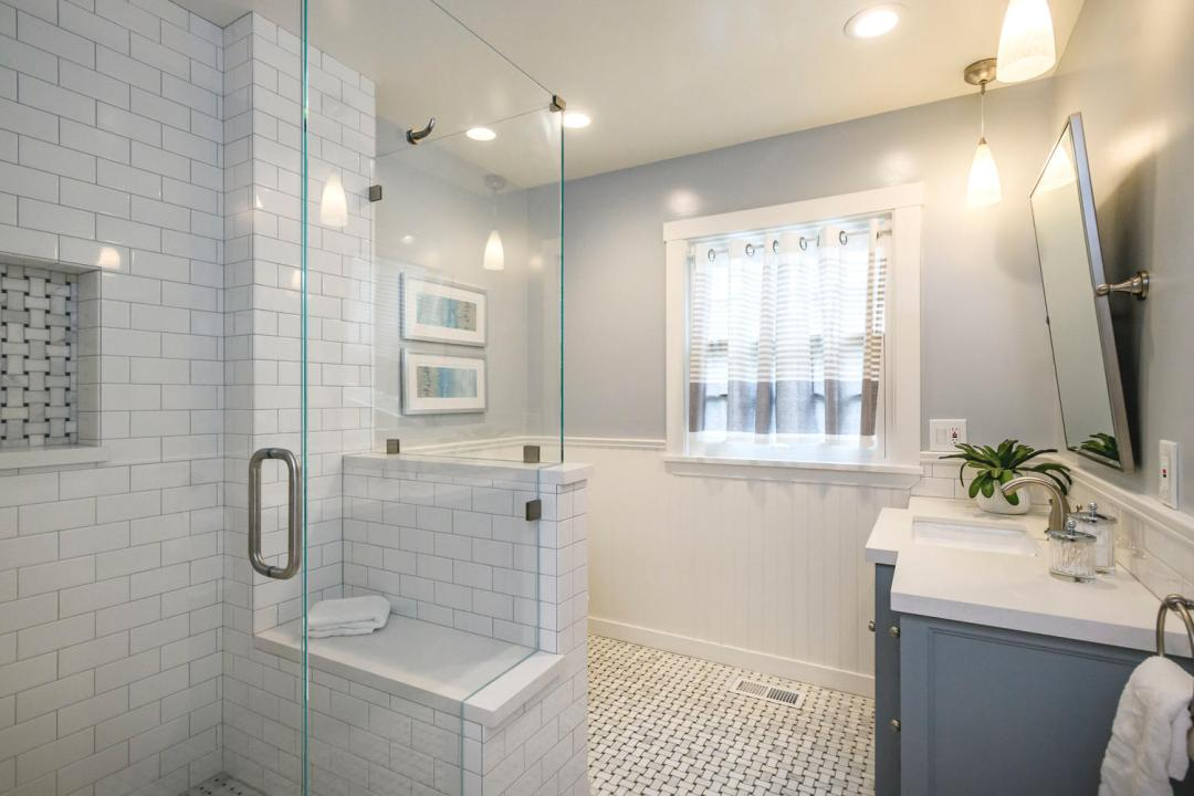 1812 Barroilhet Ave Burlingame-large-032-40-Bathroom-1500x1000-72dpi