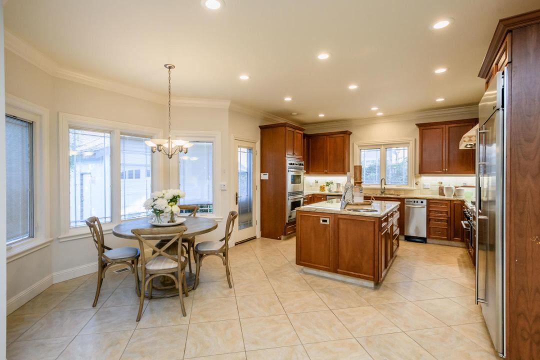 840 Newhall Rd Burlingame CA-large-014-1-Kitchen-1500x1000-72dpi