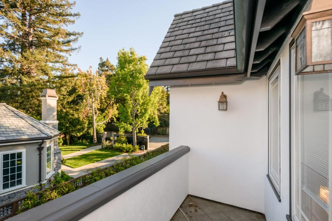 840 Newhall Rd Burlingame CA-large-027-42-Deck-1500x1000-72dpi