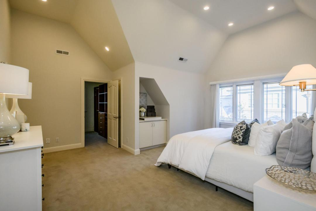 840 Newhall Rd Burlingame CA-large-028-7-Master Bedroom-1500x1000-72dpi