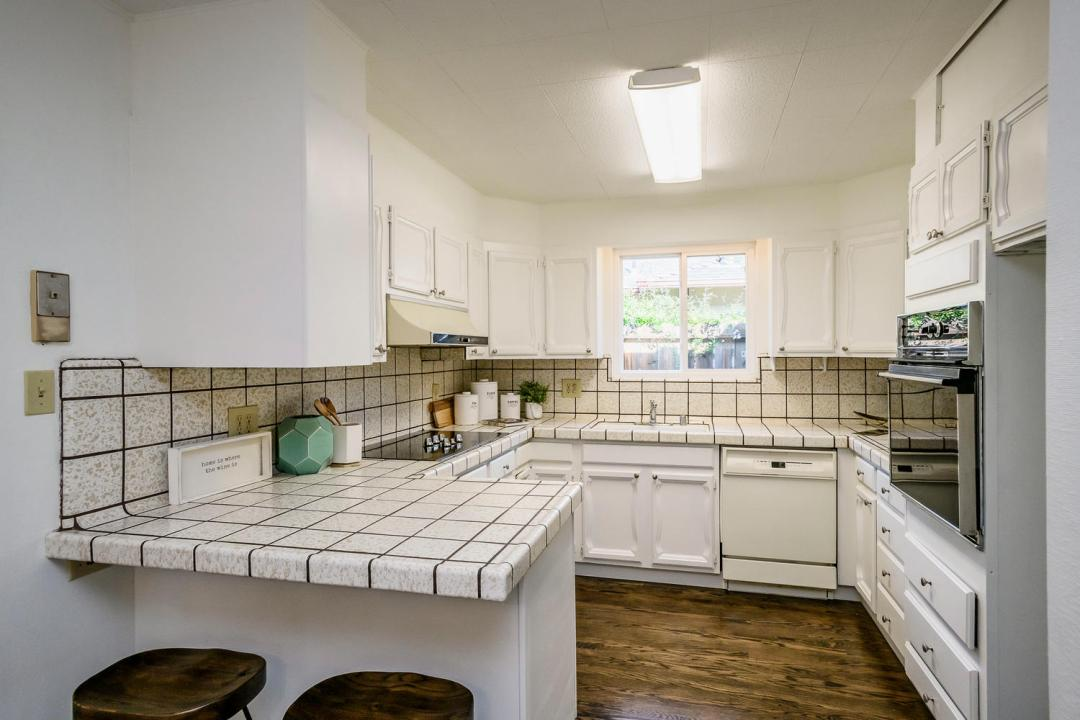 749 San Diego Ave Sunnyvale CA-large-007-22-Kitchen-1500x1000-72dpi