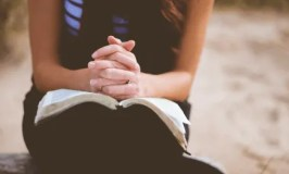 Things To Pray for When You're Distracted, Overwhelmed & Don't Know What To Say